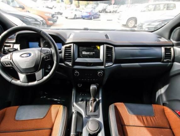 2016 Ford Ranger wildtrack black 5.jpg