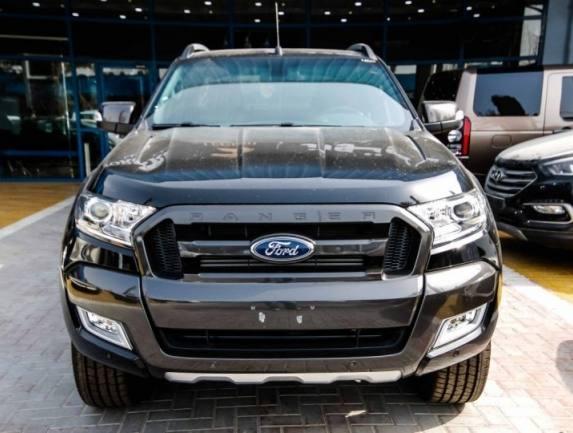 2016 Ford Ranger wildtrack black 2.jpg