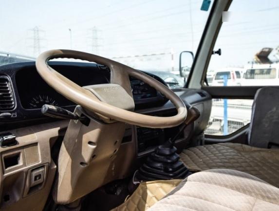2015 Toyota Coaste 3.jpg