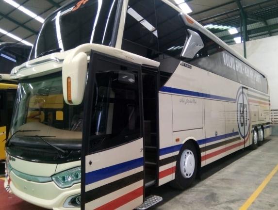 coach-busMERCEDES-BENZ-COACH-BUS---1578652420326067872_big--20011012315755680700.jpg