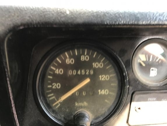automobile-pick-upLAND-ROVER-Defender---1541694105430973672_big--18110818180608298000.jpg